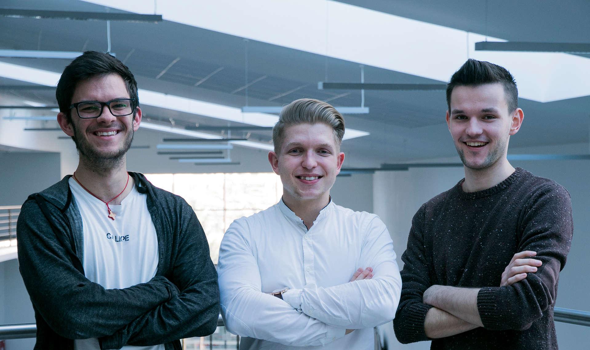 Slovenskí študenti zožali úspech s projektom internetového prehliadača pre nevidiacich