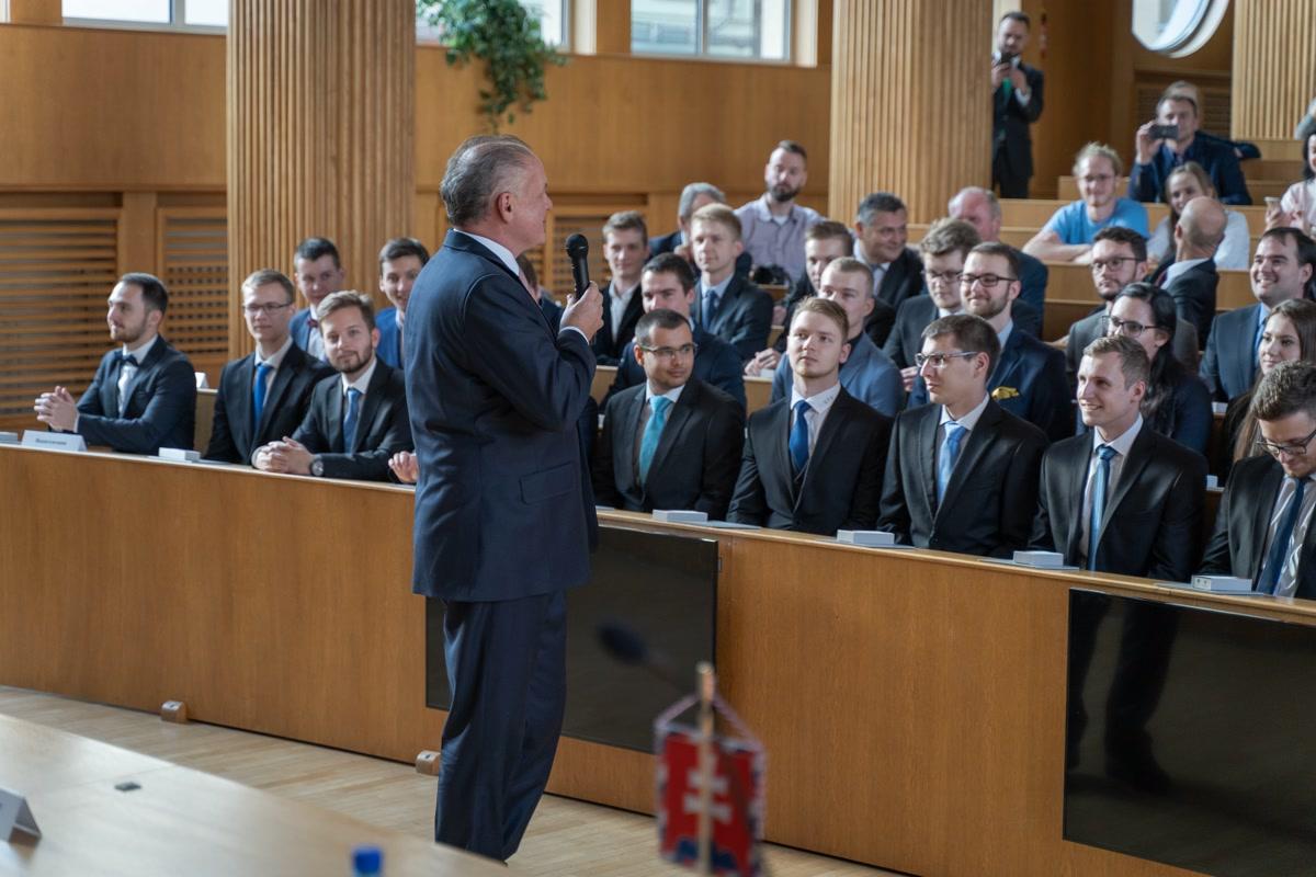 Prezident A. Kiska na STU