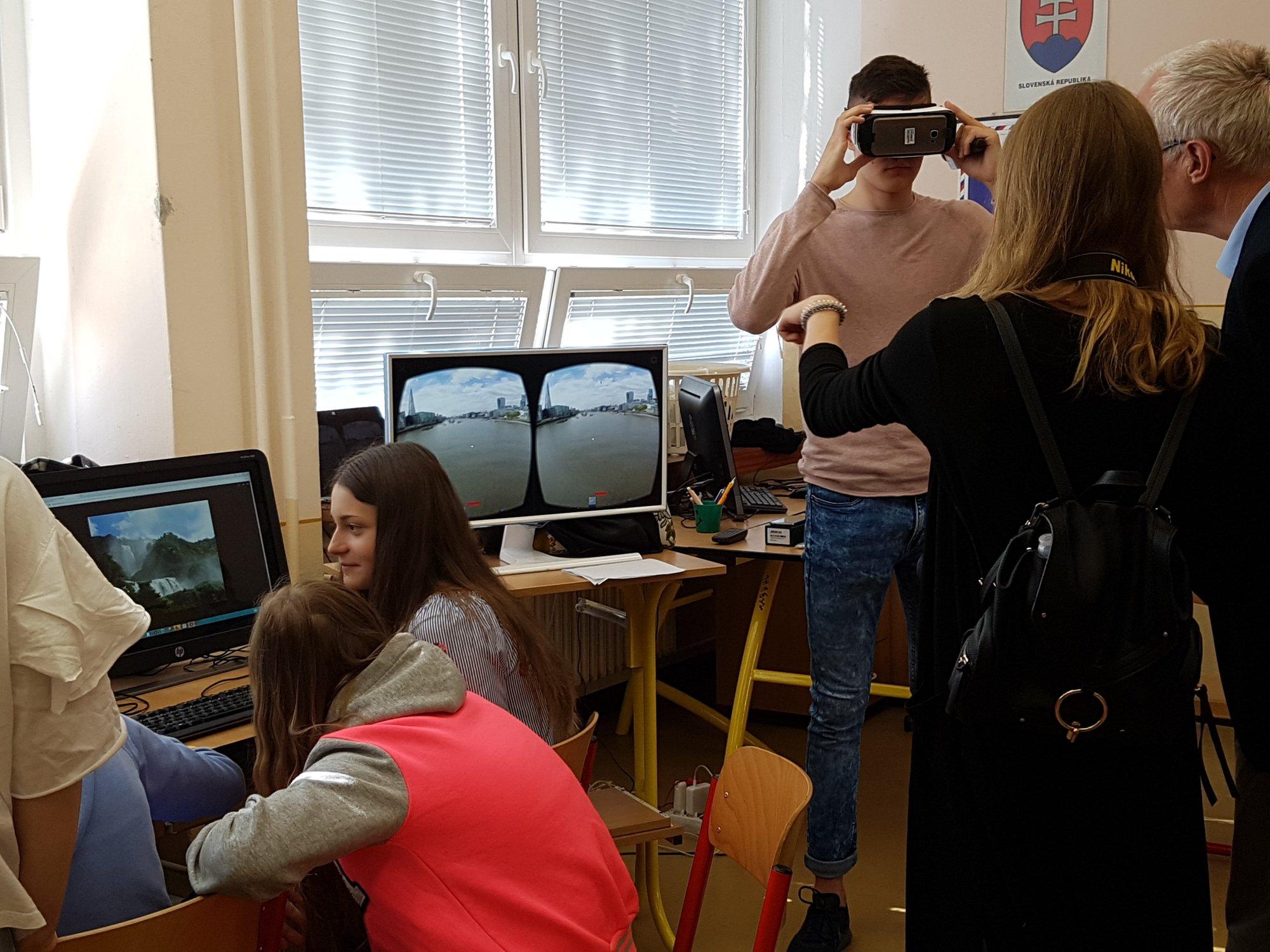 Vyučovanie budúcnosti rieši európsky projekt Newton