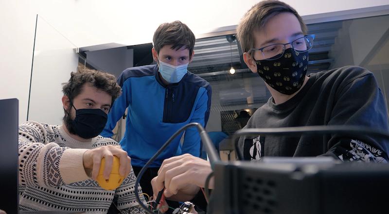 Mladí slovenskí inovátori v TOP 3 na svete